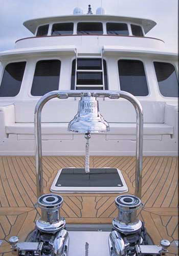 Voyager-frontdeck-bell